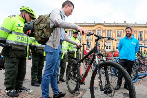 Mercado negro de bicicletas robadas en Bogotá