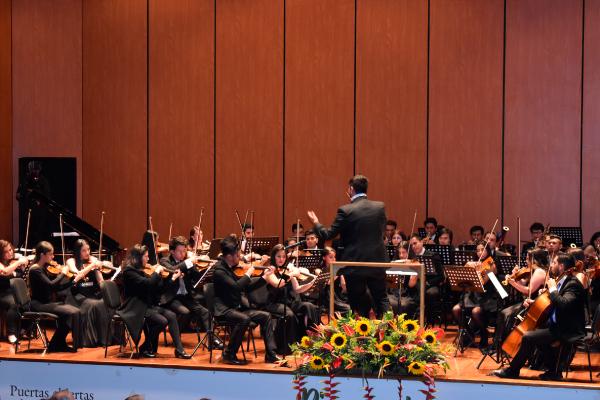 Soplaron aires de música A la Colombiana