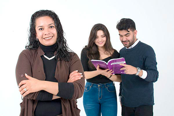 Cursos y talleres intersemestrales para docentes