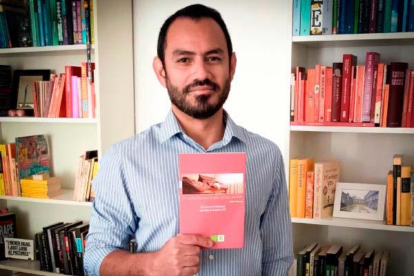 Efraín Villanueva, promesa unicentralista de las letras