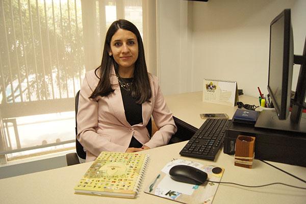 Lucy Carolina Elizalde, nueva secretaria académica de la FCAEC