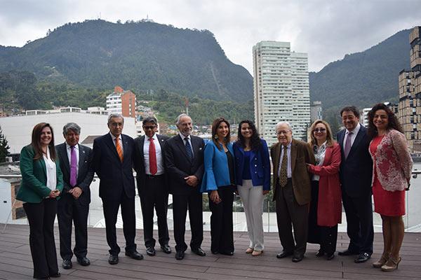 Ministra de Educación inaugura edificio del Proyecto Campus de la U. Central