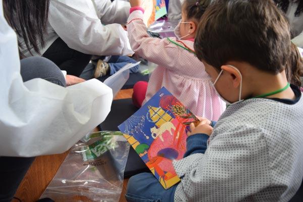 Diversión y aprendizaje en la Biblioteca infantil