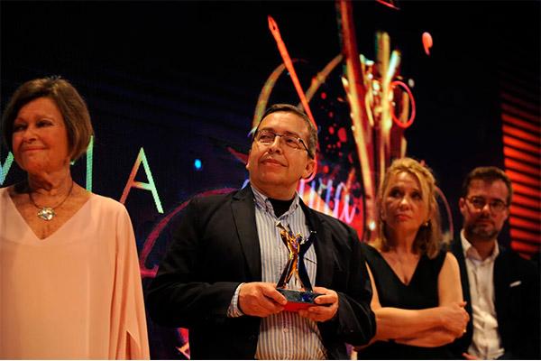 Óscar Godoy, docente de la U. Central, gana el Premio Ñ-Ciudad de Buenos Aires