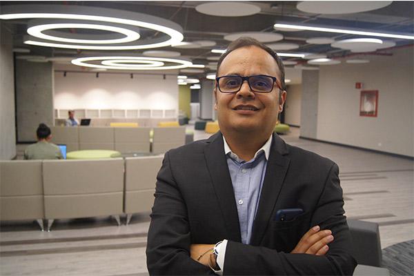 John Alexander Rueda – Experto en gerencia de mercadeo y de empresas
