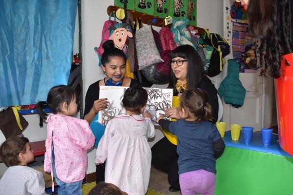 Biblioteca Infantil, un compromiso con los niños y niñas del Jardín Infantil de la UC