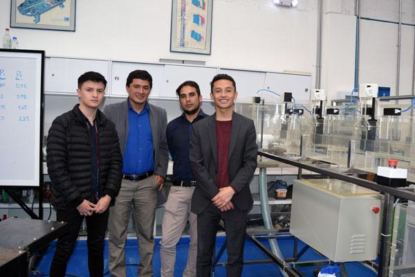Prototipo de planta de simulación de sistema de riego a canal abierto