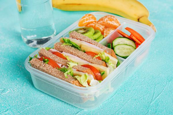 ¿Comer saludable en la U? Te contamos cómo lograrlo