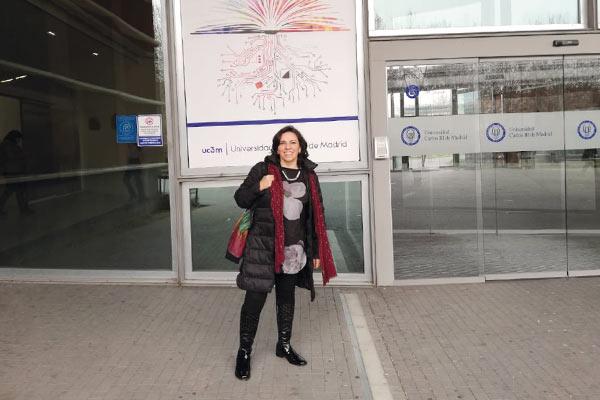 Impacto de las radios comunitarias en Bogotá y Madrid, España