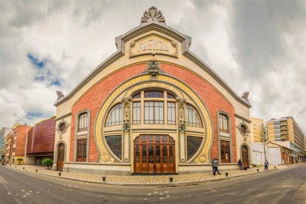 Faenza - Teatro de la Paz: 96 años de historia