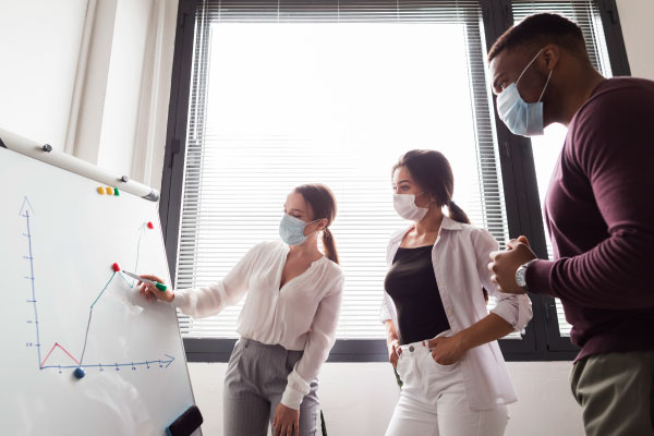 ¿Cómo adaptar los modelos de negocio en la nueva realidad?