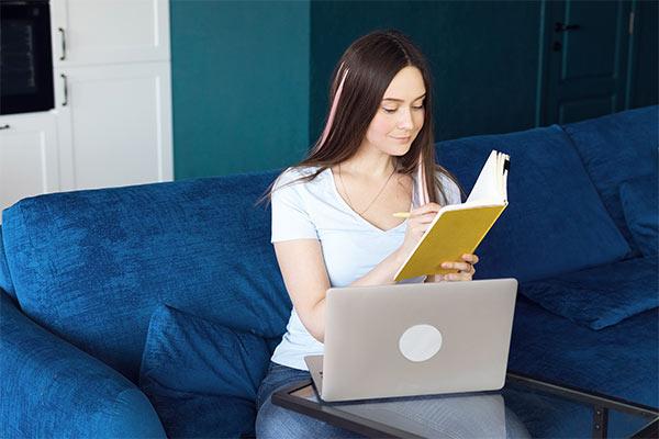 Disfruta de la lectura entre amigos