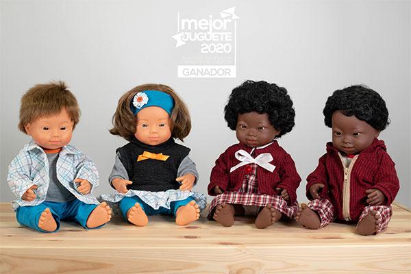 Muñecos con Síndrome de Down ganan premio al 'Mejor juguete 2020'
