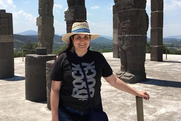 Laura Afanador culmina Doctorado en Ciencias