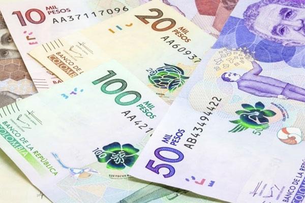 Peso colombiano, la moneda más devaluada después del bolívar